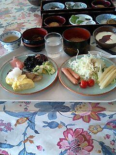 旅行:朝食と、那智大社と、那智の滝